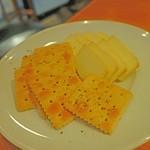 DOMOS - チーズ&クラッカー