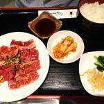 翠苑 - 焼肉定食    ¥1000  肉はカルビです。