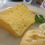 Chiffon's Cafe - ハーフプレーンシフォンケーキアップ