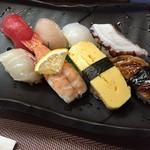 寿司一作 - 並にぎり