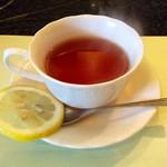 食房エスト - 紅茶