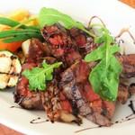北海道産牛ロース肉のビステッカ