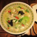 万豚記 - 海老海鮮五目麺