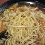 福萬年 - 麺は柳麺、細くて♪