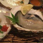 与太呂 - 旨い!岩牡蠣!