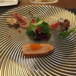 53210312 - 前菜(蛸、甘海老、スモークサーモンのサラダ)