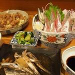 川新 - 鯵のお刺身とずりの唐揚げ