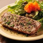 ビストロ アンプル 南欧食堂 - 田舎風パテレバーと豚トロ