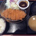 松のや 堀田店 - 味噌ロースカツ定食
