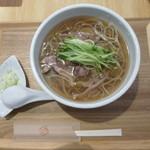 喜蕎 - 料理写真:冷たい肉そば880円