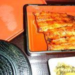 うな重 - 料理写真:蒲焼定食(松)です