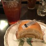 Maruthinafuranka - これ中々美味しかった\(^o^)/このロールケーキのためならまた来たい!笑