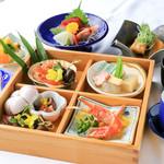 ロイヤルホテル うお八 - 料理写真:ミニ懐石