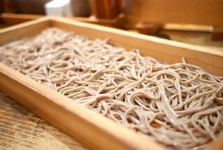 板蕎麦 香り家 - 板蕎麦 細切り