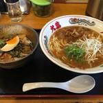53238715 - 2016.1.31  徳島らーめん(豚バラ)とミニ炙りチャーシュー丼セット