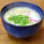 武蔵屋食堂 - 2016年7月 半素ラーメン(270円)