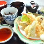 玉乃家 - 天ぷら定食