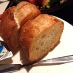 ラ・パンナ - 自家製パン