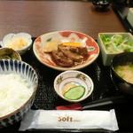 魅惑の酒屋 mikami - タンシチュー定食