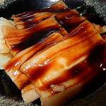 53257928 - ふわりトロンの煮穴子丼                         これも1,000円