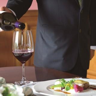 豊富なワイン・ドリンクを常備