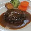 ハナワグリル - 料理写真:国産牛100%ハンバーグデミグラスソース