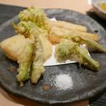 ぎをん 遠藤 - 16年3月 筍と山菜の天ぷら