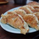 久砂園 - 餃子は10個で四百円のボリューム