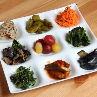 野菜の前菜盛り合わせ