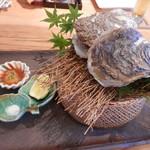 ほたるの長屋 - 岩牡蠣