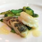 meindaininguitozakura - 白身魚のソテー バターソース                          バジル風味の野菜とともに(2016/7月撮影)