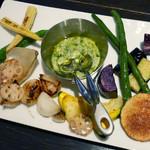 53275071 - たっぷり温野菜のピルピルソース