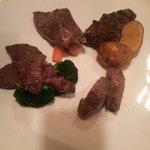 アイデア料理 井出 - ステーキ4種盛り フィレ、みすじ、ロース、
