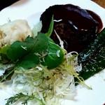三宅島 共栄荘 - 手作りハンバーグ