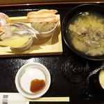 53282989 - ミニ丼セット・1,680円