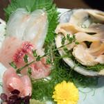 藤吉 - 2016.7 北寄貝、コチ、イサキ、金目鯛(渡りガニを食べる会 6,900円)