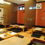 博多もつ鍋 居酒屋 八兵衛 - ロールで仕切り可能です