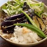 酒・蕎麦 田治 - 揚げナスおろし蕎麦(ランチ)