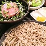 酒・蕎麦 田治 - ネギトロ丼と蕎麦のセット(ランチ)