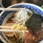 53305959 - 麺リフト