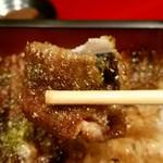 53313676 - 大阪鰻のカリカリ食感!まいうー( ̄∇ ̄)