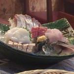 魚がし酒場 魚せん - 刺身の盛り合わせ