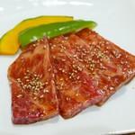 炭火焼肉 王 - サーロイン(1800円)