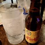 """立呑みパラダイス - ホッピーセット(白);""""なか""""はキンミヤ.氷も付いてますが... @2016/07/09"""