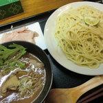 ラーメン こぶ志 - 肉汁と松茸のつけめん(1000円)