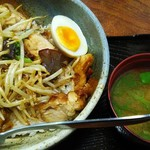 竹乃家 - 唐揚げ丼(830円)
