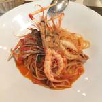 カロローゾ - トマトの旨み 手長エビのパスタ
