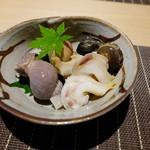 53329317 - 白バイ貝、磯ツブ貝、ながらみの煮貝