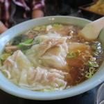 盧山 - ワンタン麺