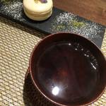ル モマン - 柑橘系味?のマカロンと和紅茶